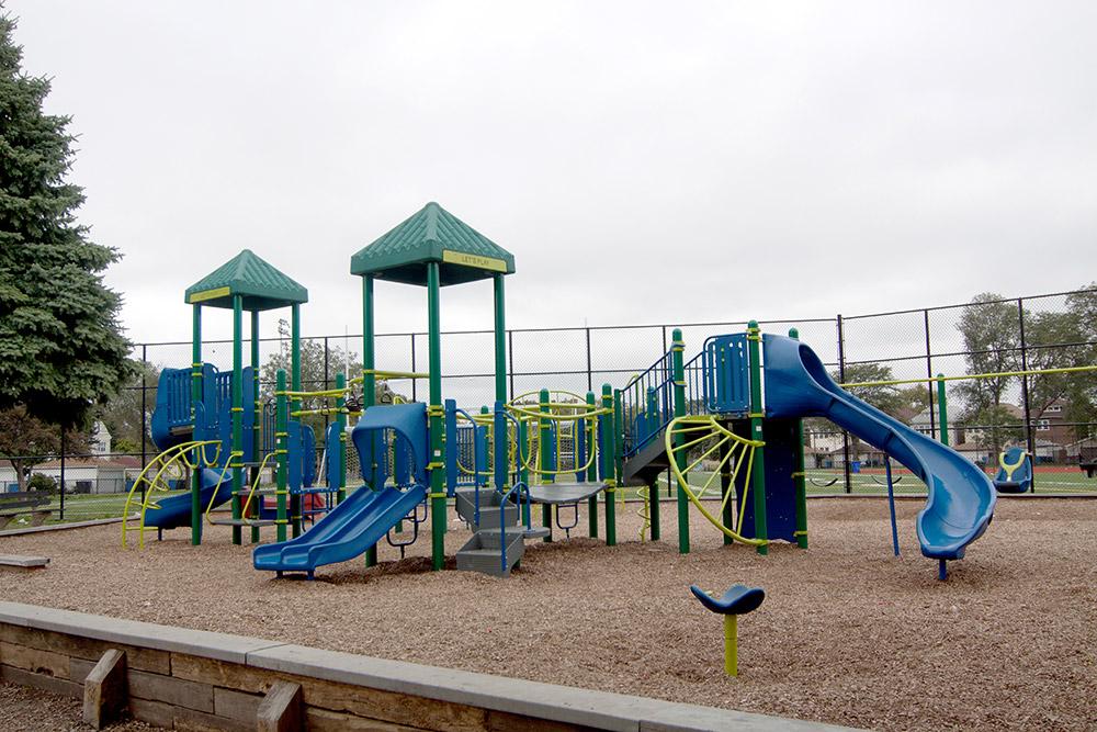 Brighton Park Neighborhood Photo